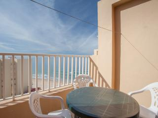Nice Condo with Short Breaks Allowed and Elevator Access - El Puerto de Santa Maria vacation rentals