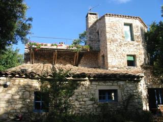 Bright 6 bedroom Villa in Issirac - Issirac vacation rentals