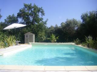 bastide Cigaline, gîtes proche mer en Provence - Le Beausset vacation rentals
