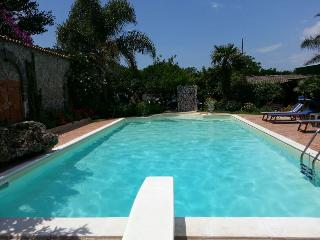 1 bedroom Condo with Internet Access in Pompeii - Pompeii vacation rentals