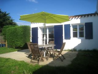 Nice House with Short Breaks Allowed and Kettle - Ile d'Yeu vacation rentals