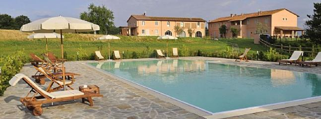 Cozy Villa with Deck and Garden - Pontedera vacation rentals
