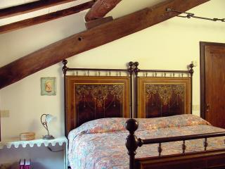 La Conca, piccola villa con piscina privata - Sansepolcro vacation rentals