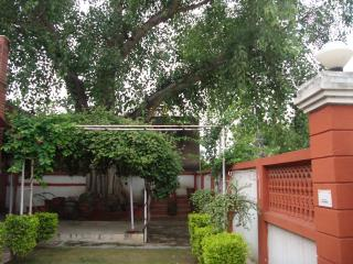 Col Sharma's  A/C Homestay - Agra vacation rentals