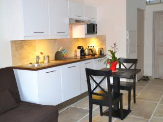 Villa Luca Antibes superior studio (3 stars) - Antibes vacation rentals