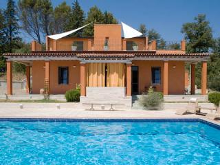 Luxury villa with private swimming pool - Castiglion Fiorentino vacation rentals