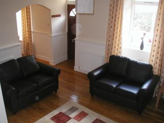 2 bedroom Cottage with Internet Access in Crieff - Crieff vacation rentals