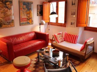 DESIGN&VINTAGE STUDIO III-Old Town - Girona vacation rentals
