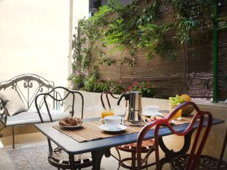 Centric Town House with Terrace / Borne - Barcelona vacation rentals