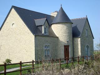 Comfortable House with Internet Access and Television - Liesville-sur-Douve vacation rentals