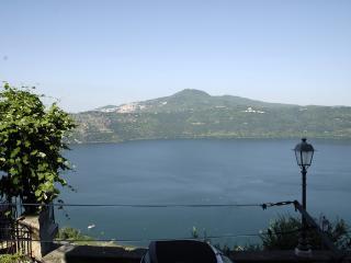 Casa Vacanza Nonna Caterina - Castel Gandolfo vacation rentals
