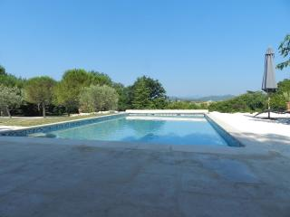 Nice Gite with Internet Access and Television - Lezan vacation rentals