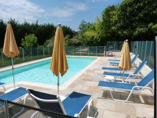 Beautiful Fayence Studio rental with Garden - Fayence vacation rentals