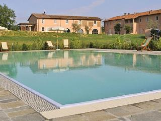 Gorgeous House with Deck and Internet Access - Pontedera vacation rentals