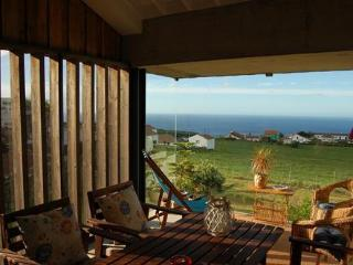 Nice Cottage with Internet Access and Satellite Or Cable TV - Nordestinho vacation rentals