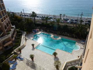 Cannes La Bocca 6 guests. Pool - Cannes vacation rentals