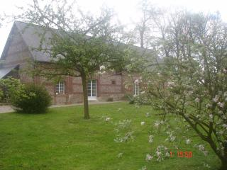Bright Bretteville-du-Grand-Caux vacation Gite with Satellite Or Cable TV - Bretteville-du-Grand-Caux vacation rentals