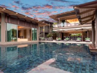 Villa Tropical Nest - Top Luxury Villa retreat - Thalang vacation rentals