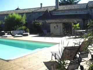 B&B Chambresenvigne around St Emilion 1 - Ruch vacation rentals