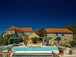 Holiday gite Grand Mere - Cazals vacation rentals
