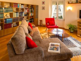 Charming Penthouse with Internet Access and A/C - Girona vacation rentals