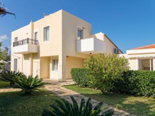VILLA IRIS MAROULAS RETHYMNO - Maroulas vacation rentals