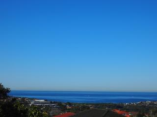 Spacious & Family-friendly - Warringah vacation rentals