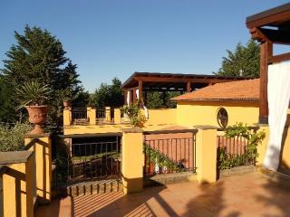 Romantic 1 bedroom Bed and Breakfast in Casalbordino - Casalbordino vacation rentals