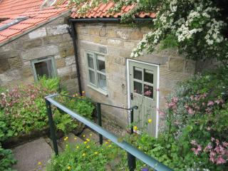 Pine Cottage - Gorgeous Cottage with Bay View - Robin Hoods Bay vacation rentals