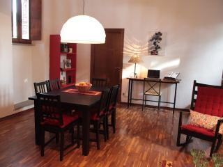 2 bedroom Condo with Internet Access in Gubbio - Gubbio vacation rentals