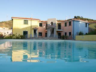 Nice Townhouse with Deck and Satellite Or Cable TV - Santa Maria Coghinas vacation rentals