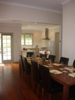 4 bedroom House with Deck in Katoomba - Katoomba vacation rentals