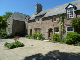 Romantic 1 bedroom Bude Manor house with Internet Access - Bude vacation rentals