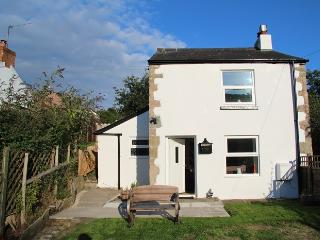 Sunny 2 bedroom Cinderford Cottage with Internet Access - Cinderford vacation rentals