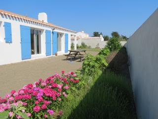 2 bedroom House with Washing Machine in Ile d'Yeu - Ile d'Yeu vacation rentals