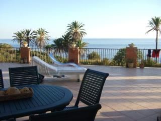 Apartment in villa near thesea - Sciacca vacation rentals