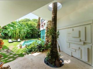 Villa Casa di Luca - Amazing LOFT into golf Course - Playa del Carmen vacation rentals