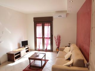 Romantic 1 bedroom Trapani Apartment with Internet Access - Trapani vacation rentals