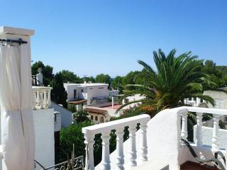 3 bedroom Villa with Internet Access in Cala Tarida - Cala Tarida vacation rentals
