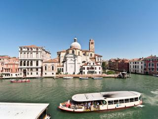 Amazing Apartment facing Grand Canal in Venice - Venice vacation rentals