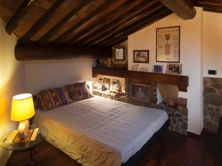 4 bedroom Villa with Internet Access in Vinci - Vinci vacation rentals
