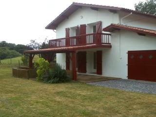 Appartement dans maison basque - Bayonne vacation rentals