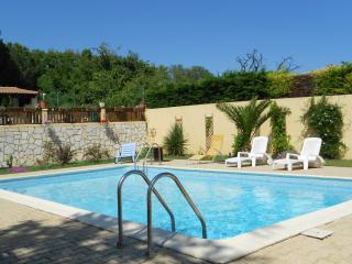 Nice Gite with Internet Access and Television - Nissan-lez-Enserune vacation rentals