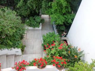 3 bedroom B&B with Internet Access in Pompeii - Pompeii vacation rentals