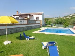 Villa Casa Toñi- 3 bedrooms villa with pool, A/C - Nerja vacation rentals