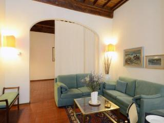 Romantic 1 bedroom Florence Apartment with Internet Access - Florence vacation rentals
