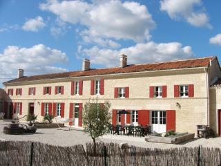 Chez Pineau - Aujac vacation rentals