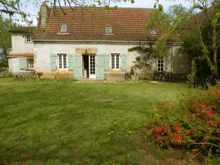 Nice 5 bedroom House in Figeac - Figeac vacation rentals