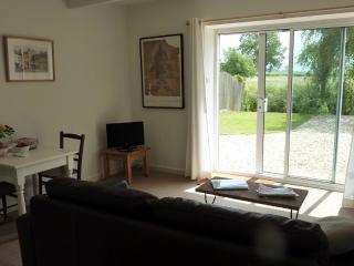 Riverbarn, Upper Godney, Near Wells/Glastonbury - Godney vacation rentals