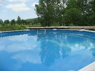 Perfect Cottage with Internet Access and Satellite Or Cable TV - Bellegarde vacation rentals